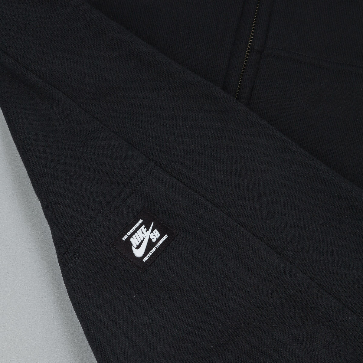 Nike SB Everett Graphic Zip Hooded Sweatshirt - Black / Black