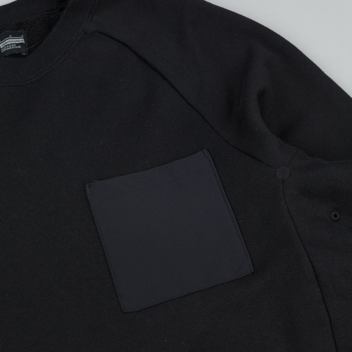 Nike SB Everett Overlay Pocket Crew Neck Sweatshirt - Black / Black