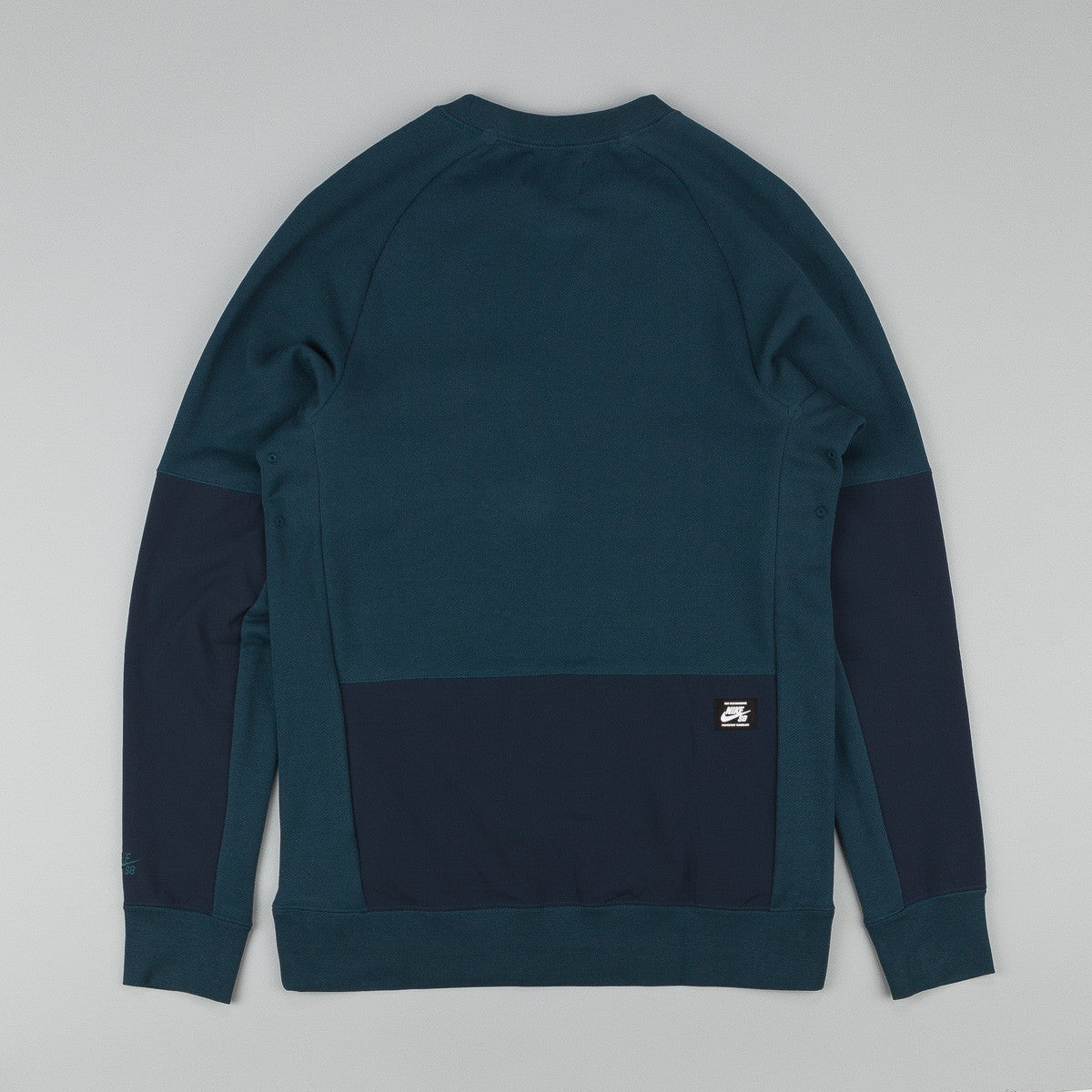 Nike SB Everett Overlay Pocket Crew Neck Sweatshirt - Midnight Teal / Dark Obsidian