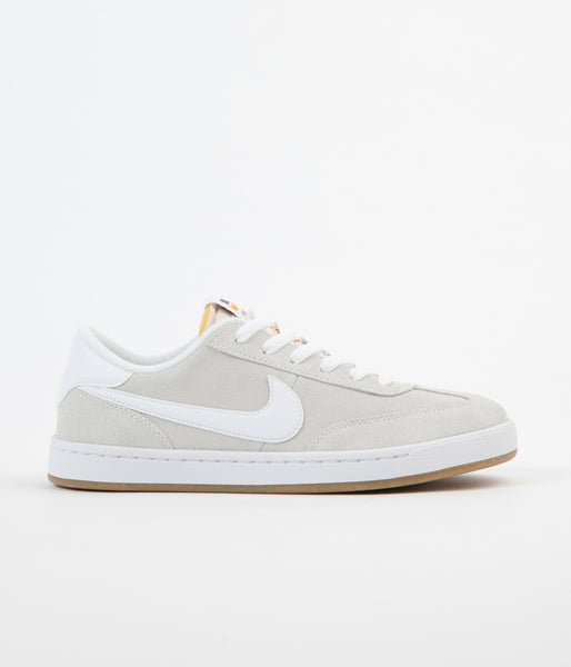 Nike SB FC Classic Shoes - Summit White / Summit White - White