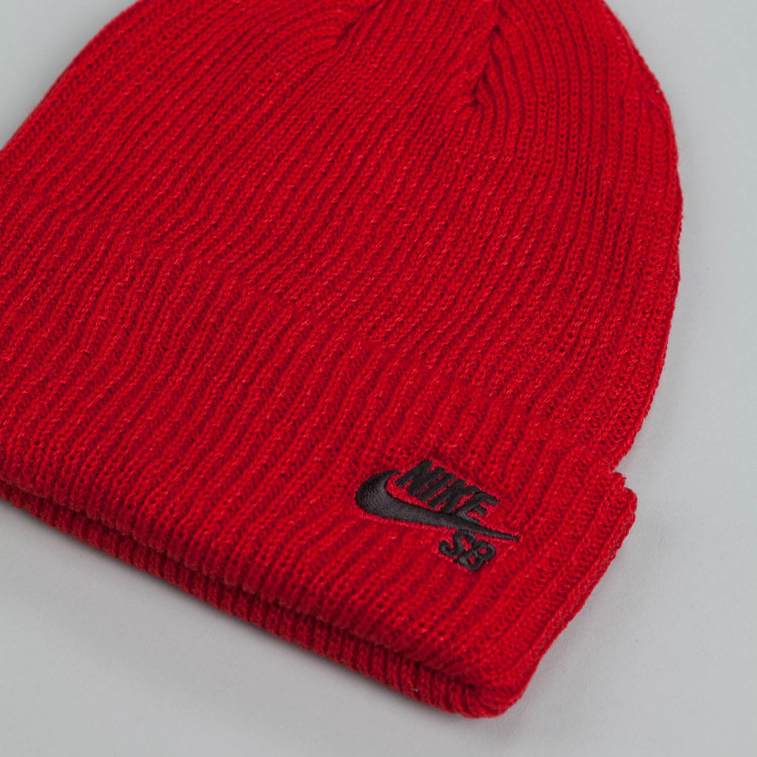 Nike SB Fisherman Beanie Gym Red / Black