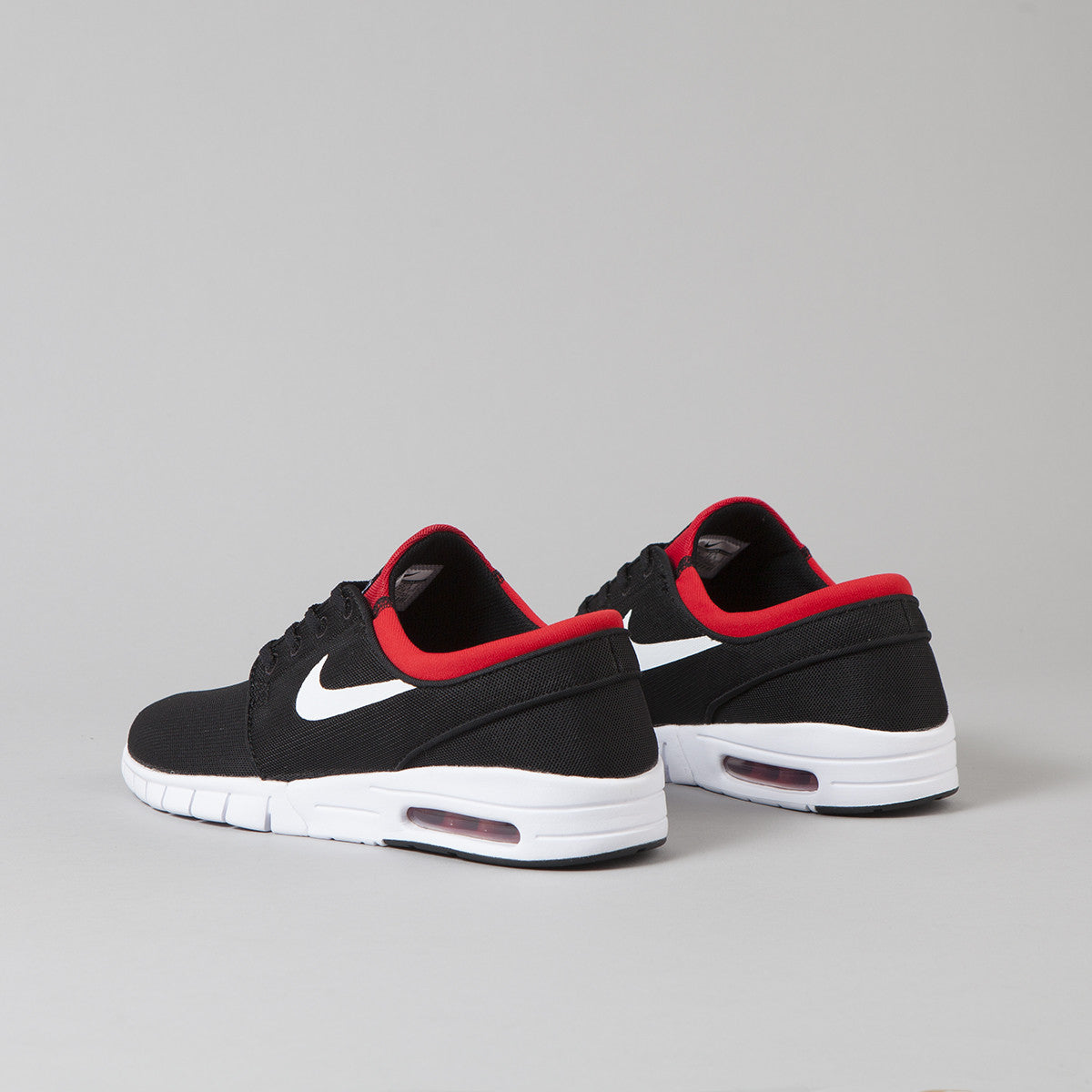 nike sb stefan janoski max shoes black white university red flatspot. Black Bedroom Furniture Sets. Home Design Ideas