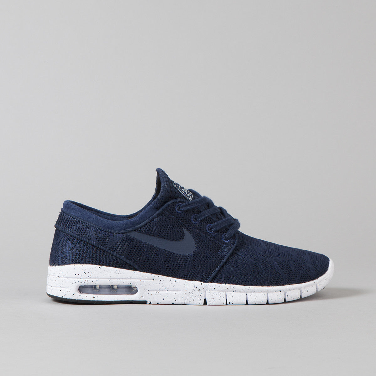 nike sb stefan janoski max shoes midnight navy mid navy white flatspot. Black Bedroom Furniture Sets. Home Design Ideas