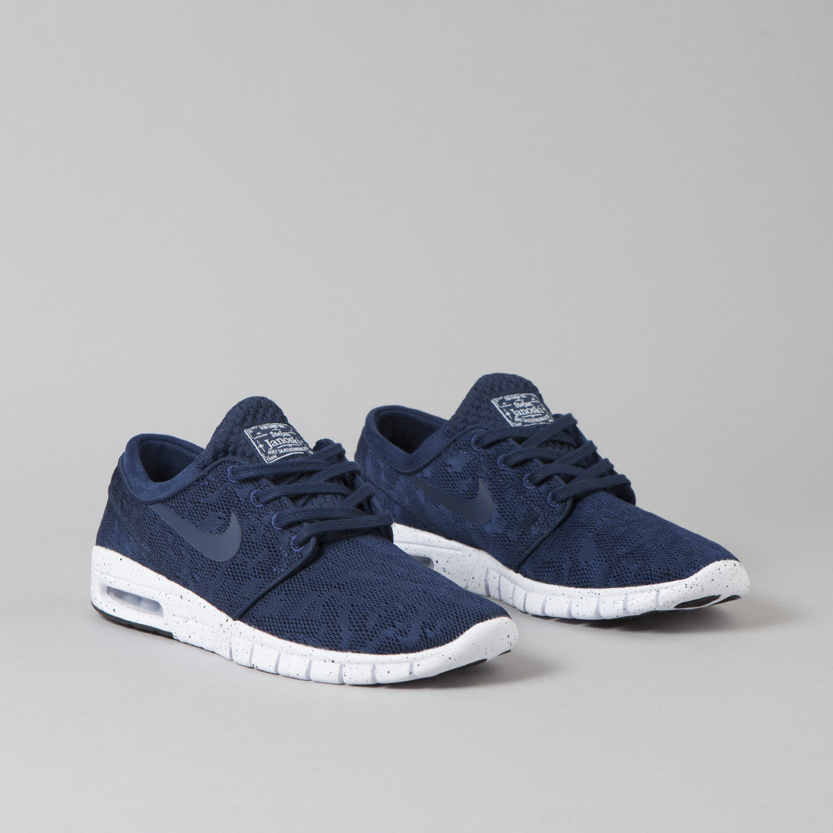nike sb stefan janoski max shoes - midnight navy/white