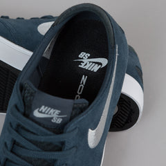 Nike SB Oneshot Shoes - Classic Charcoal / Wolf Grey / Black / White