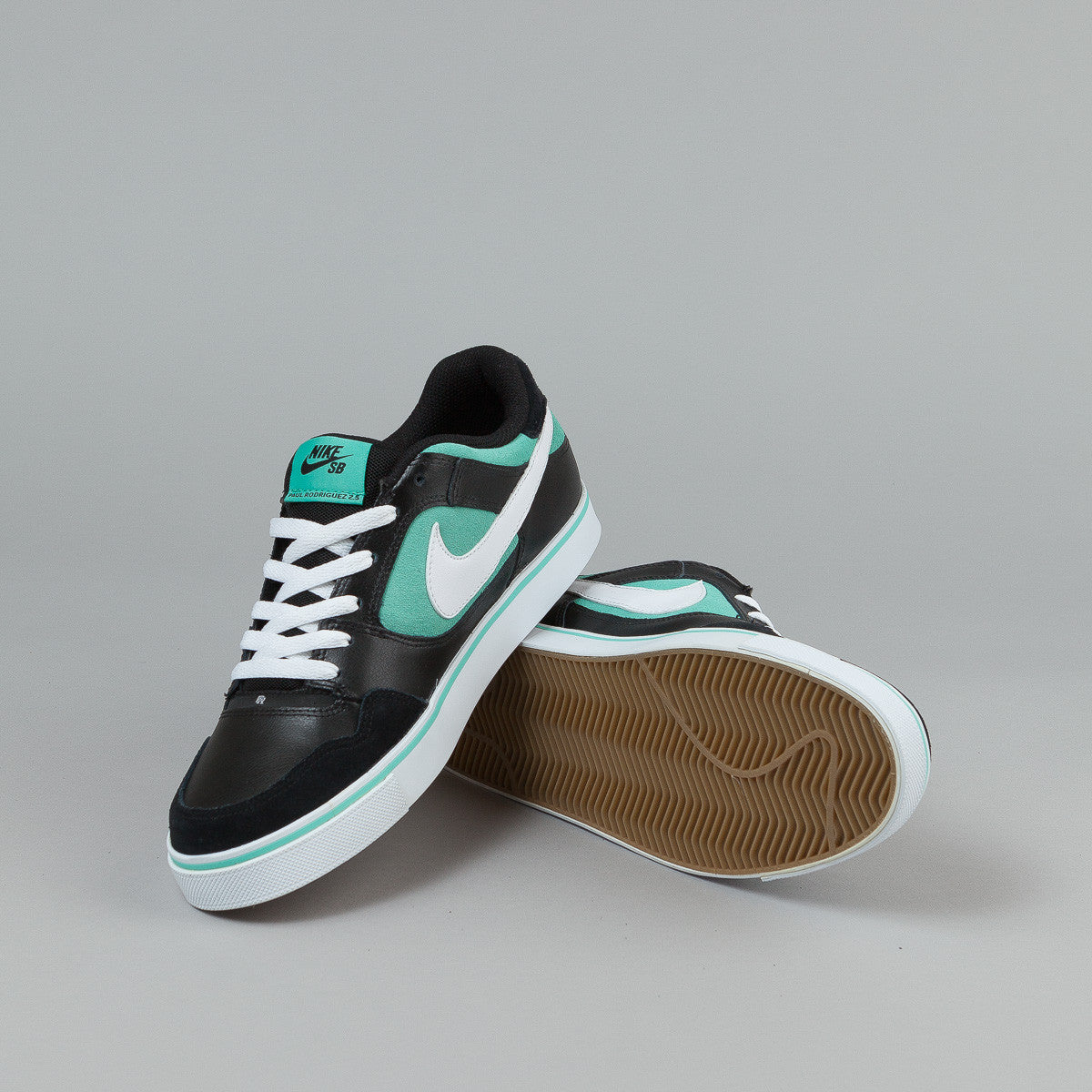 Nike SB Paul Rodriguez 2.5 Shoes - Black / White / Azure