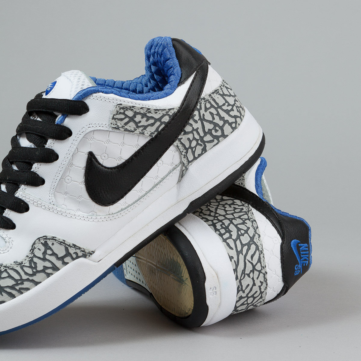 Nike SB Paul Rodriguez 2 Premium Shoes - White / Black