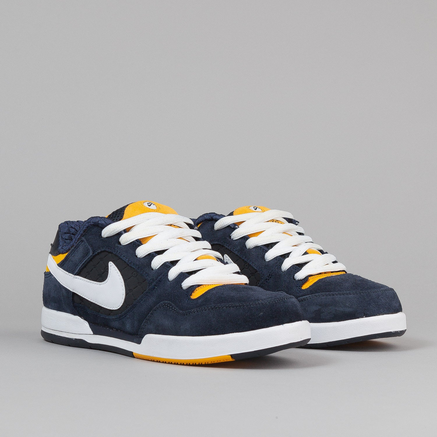 Nike SB Paul Rodriguez 2 Shoes - Dark Obsidian / White