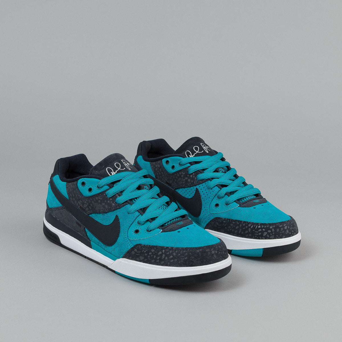 Nike SB Paul Rodriguez 3 Shoes - Aquamarine / Dark Obsidian - White