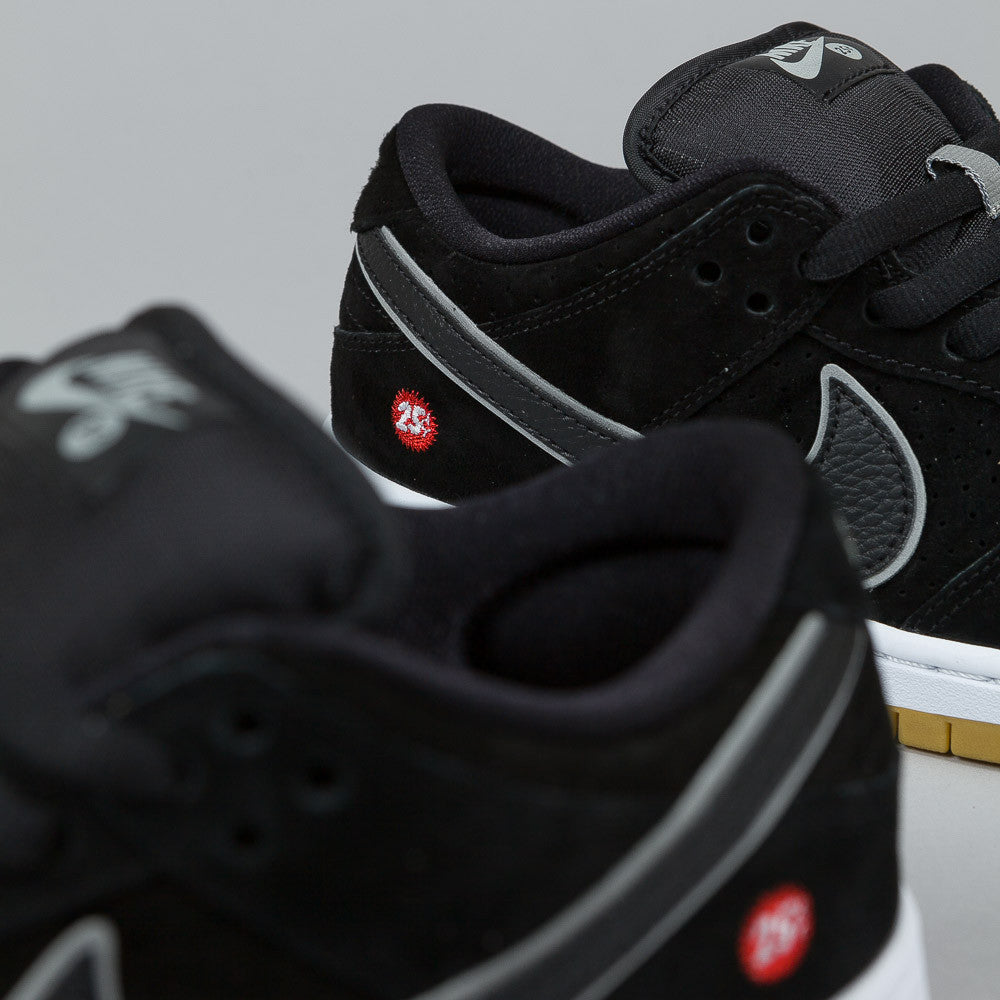 Nike SB Quartersnacks Dunk Low Premium Black / Black