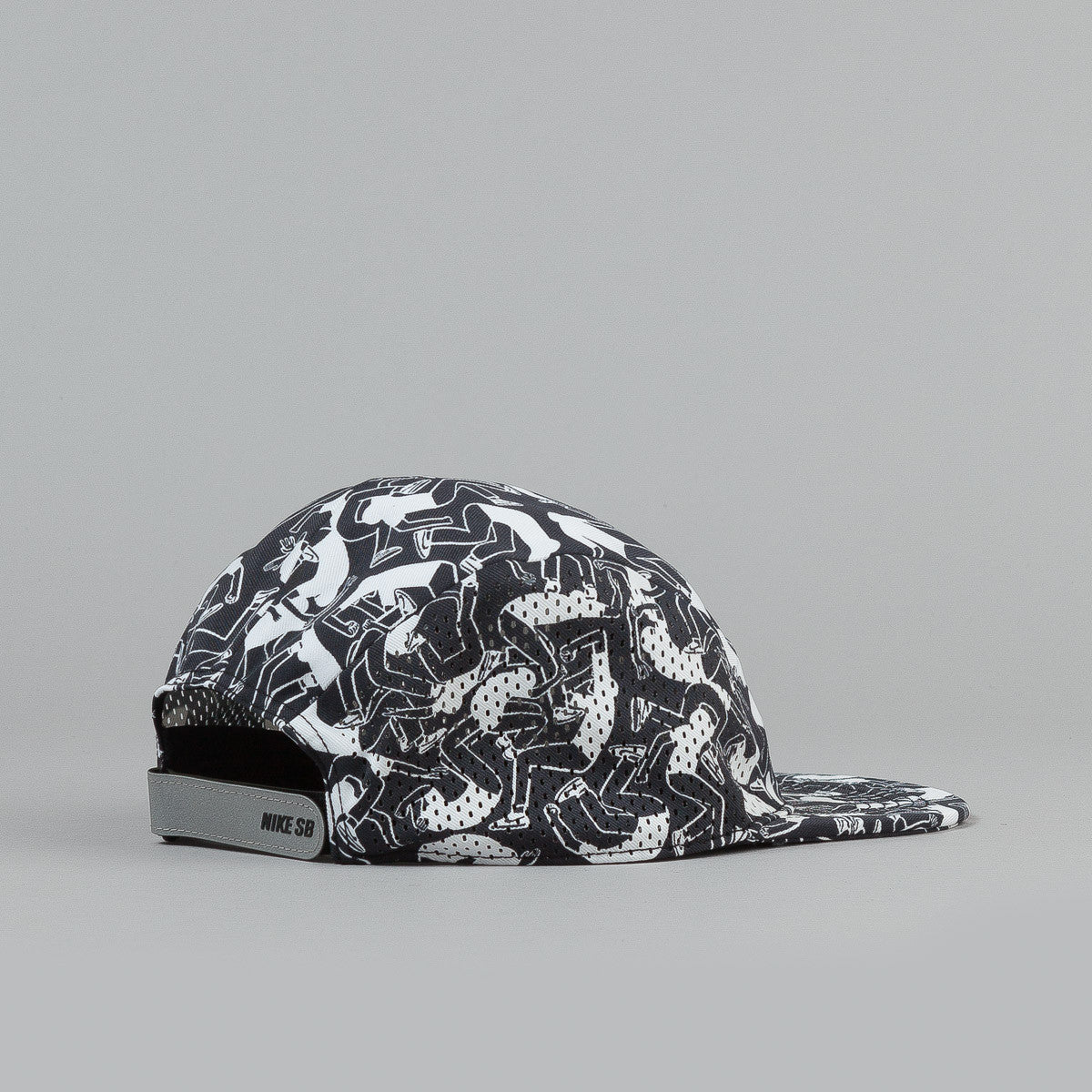 Nike SB Reflective Icon 5 Panel Cap - White / Black