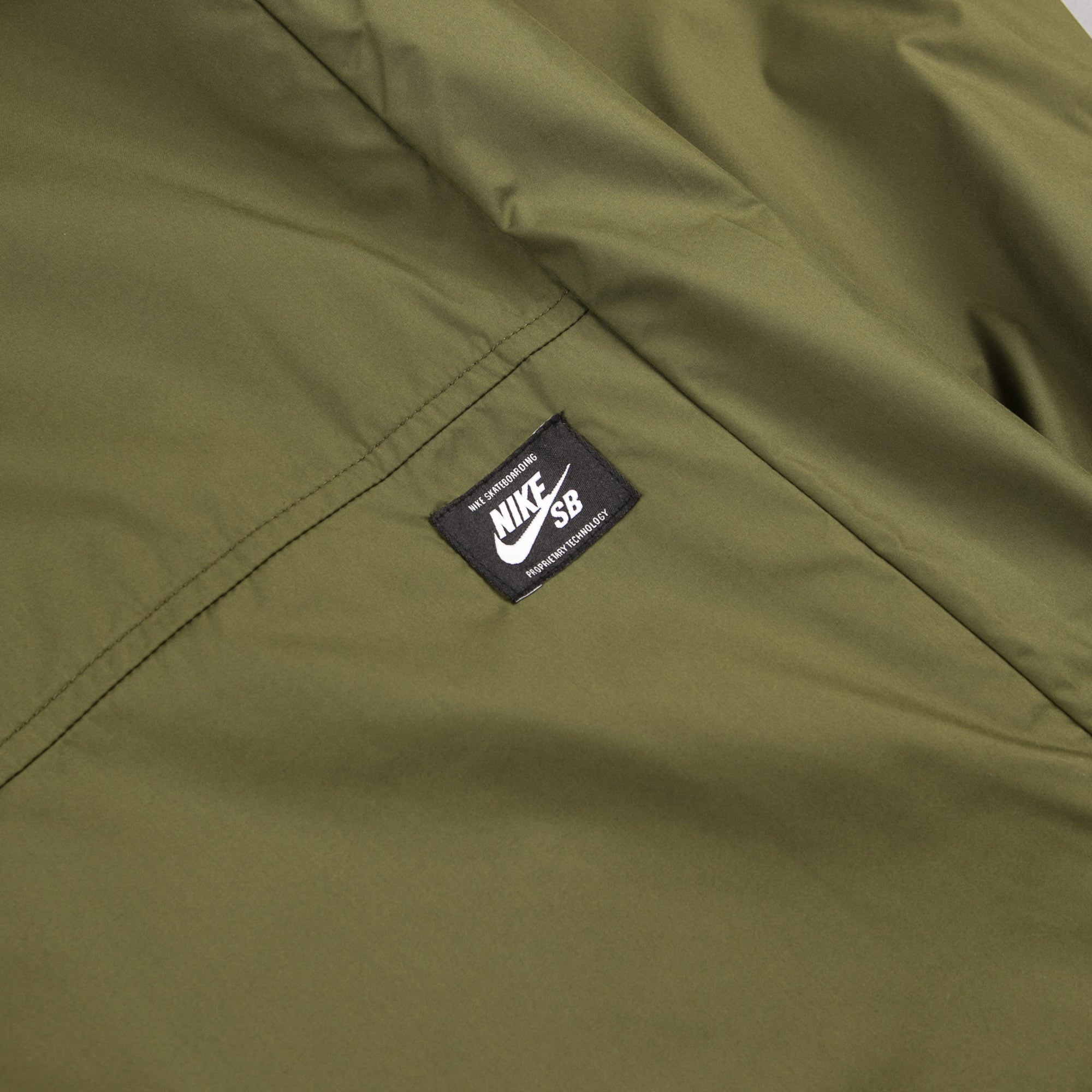 39dce492be43 ... Nike SB Shield Jacket - Legion Green   Palm Green ...