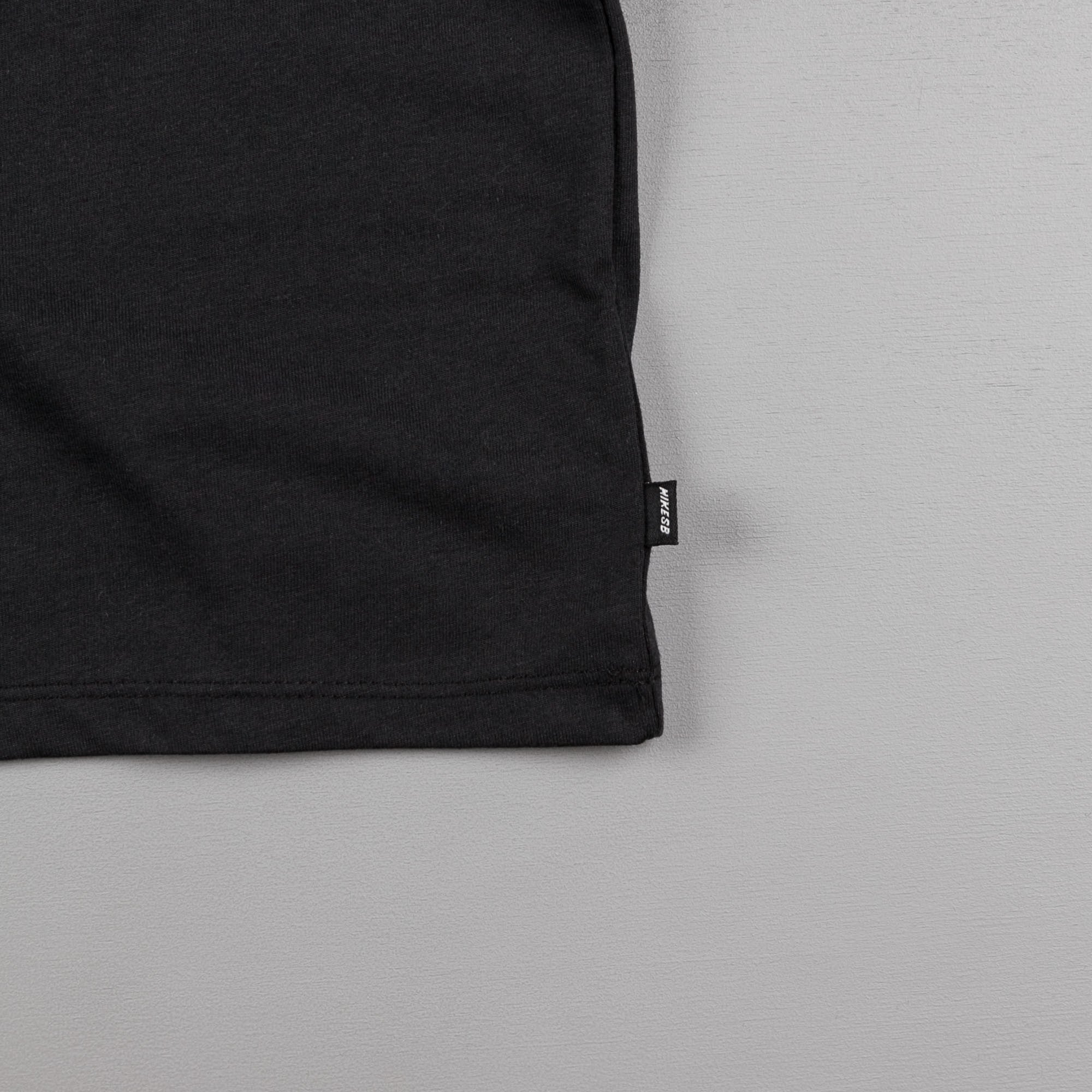 Nike SB Skunk T-Shirt - Black / Black / White