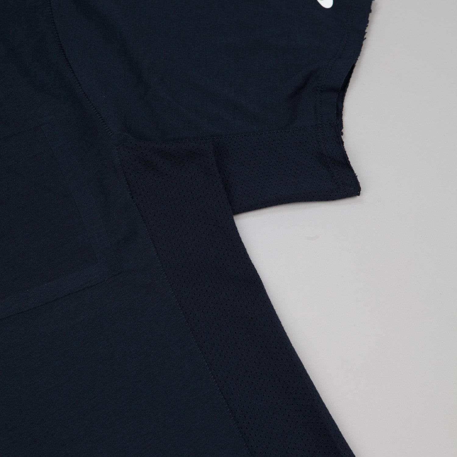 Nike SB Skyline DFC Short Sleeve Pocket T-Shirt - Dark Obsidian / White