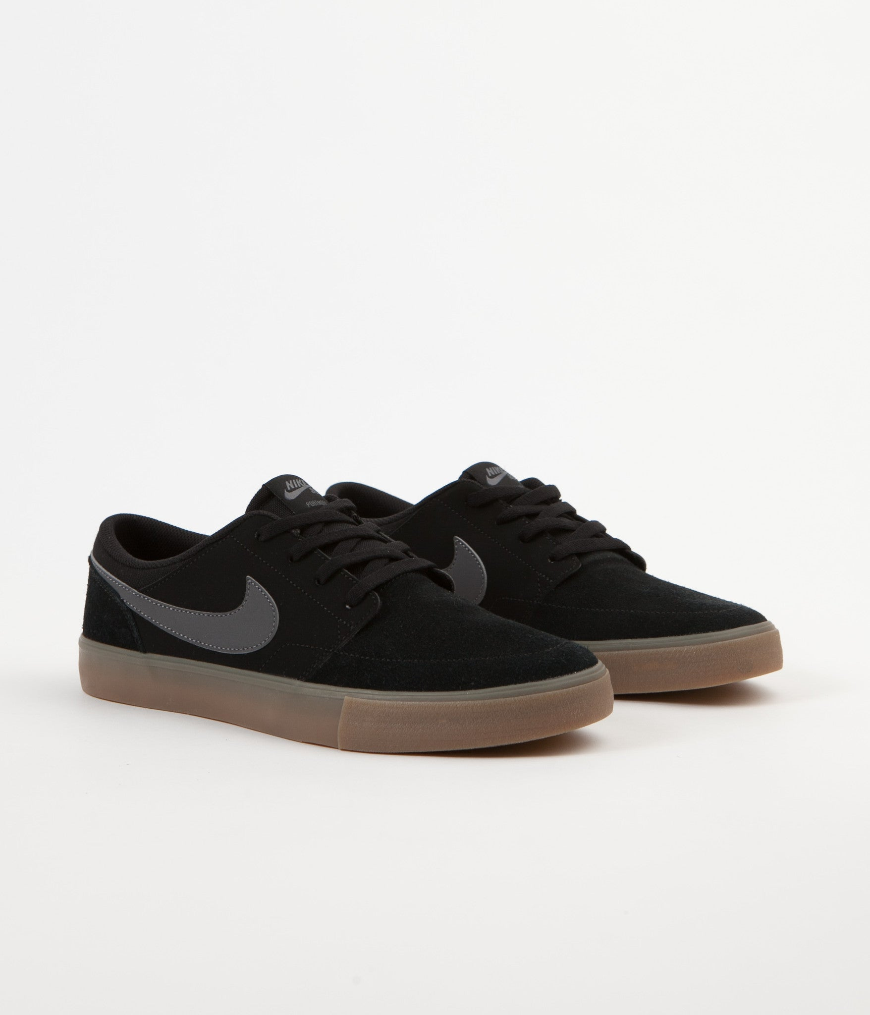 nike sb solarsoft portmore ii shoes black dark grey gum light br flatspot. Black Bedroom Furniture Sets. Home Design Ideas