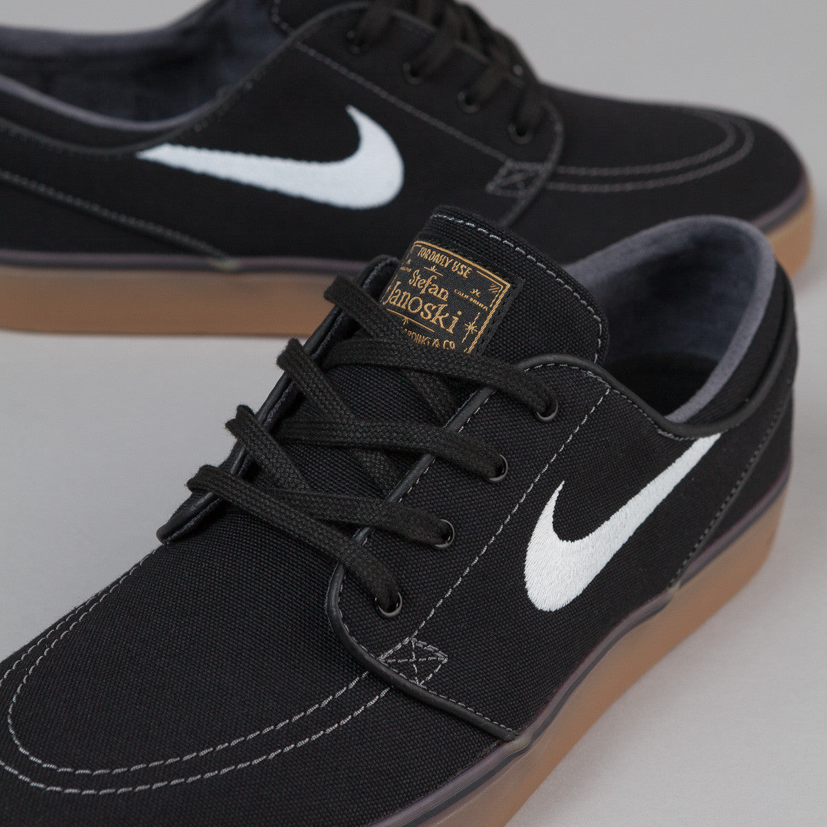 Nike Janoski Canvas