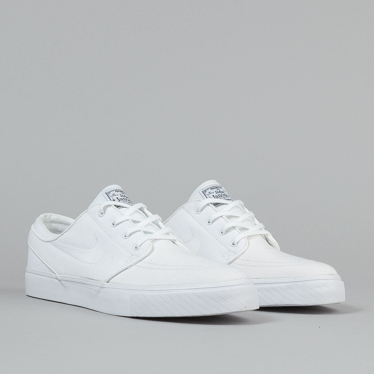 Nike SB Stefan Janoski CNVS Shoes - White / White / Black