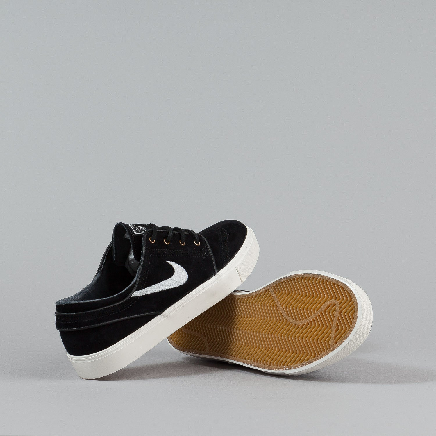 nike sb stefan janoski elite shoes black sail flatspot