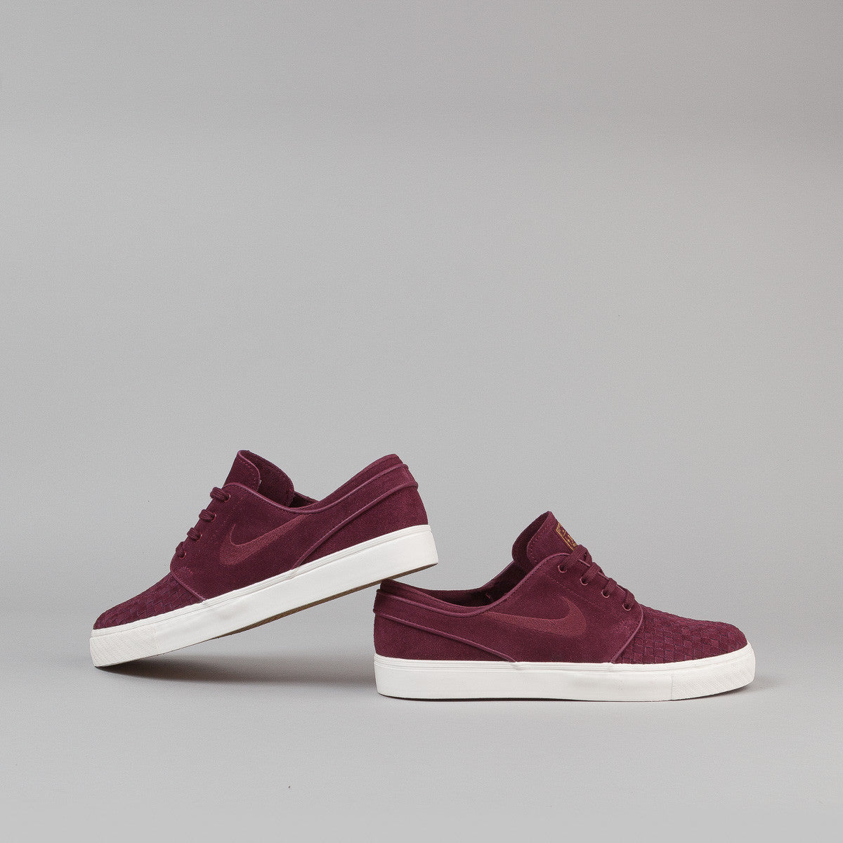 Nike SB Stefan Janoski Elite Shoes - Night Maroon / Night Maroon - Ivory - Metallic Gold