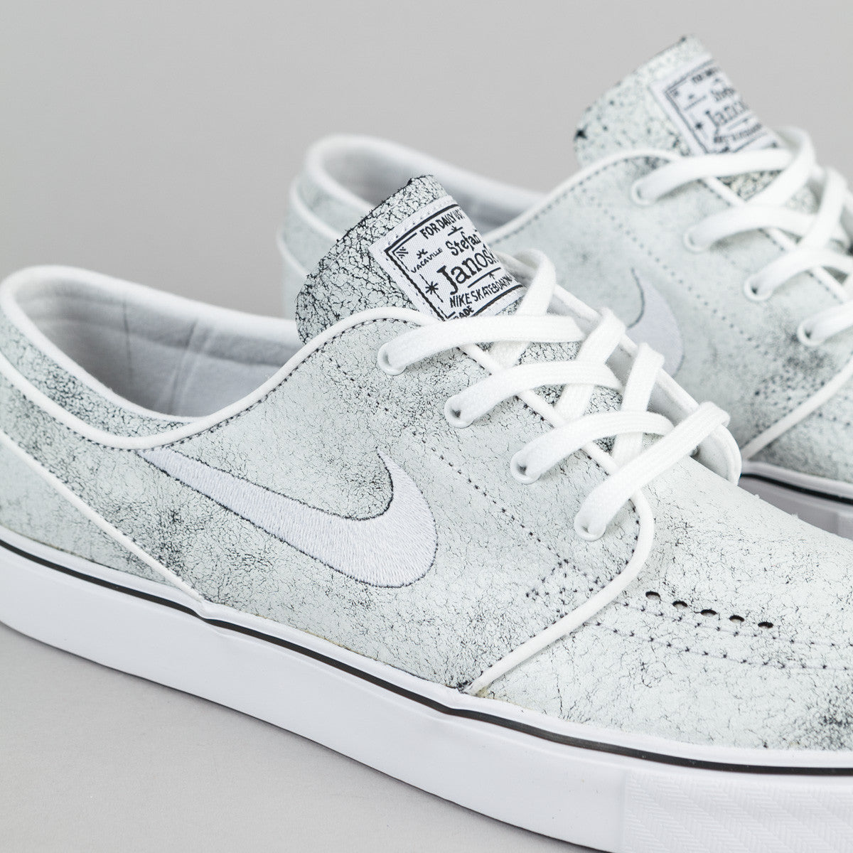 Nike SB Stefan Janoski Elite Shoes - White / White - Black