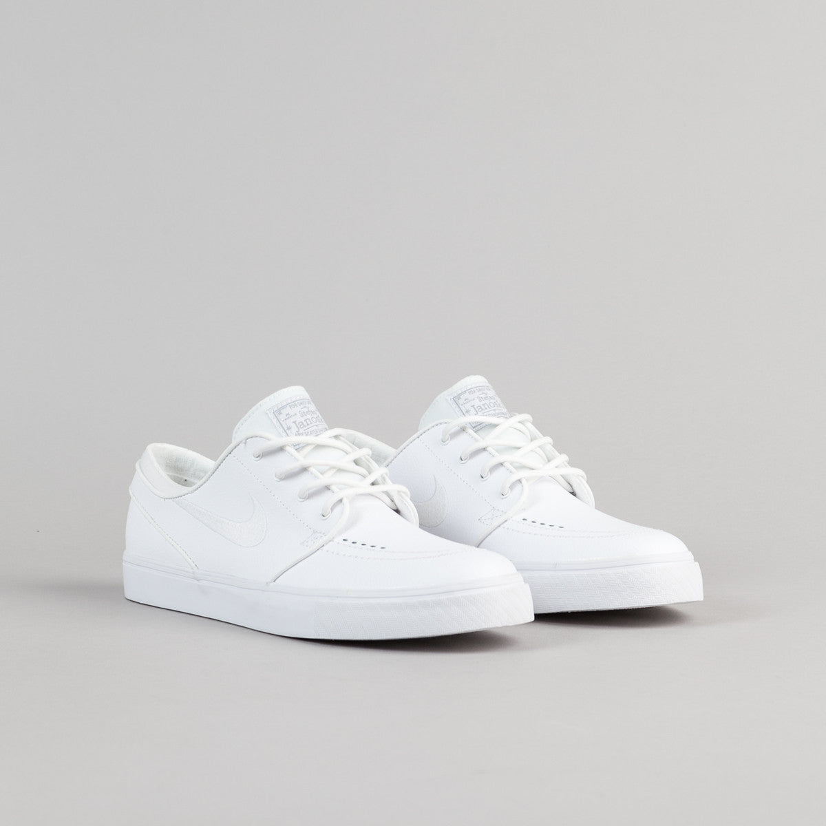 nike sb stefan janoski leather shoes white white