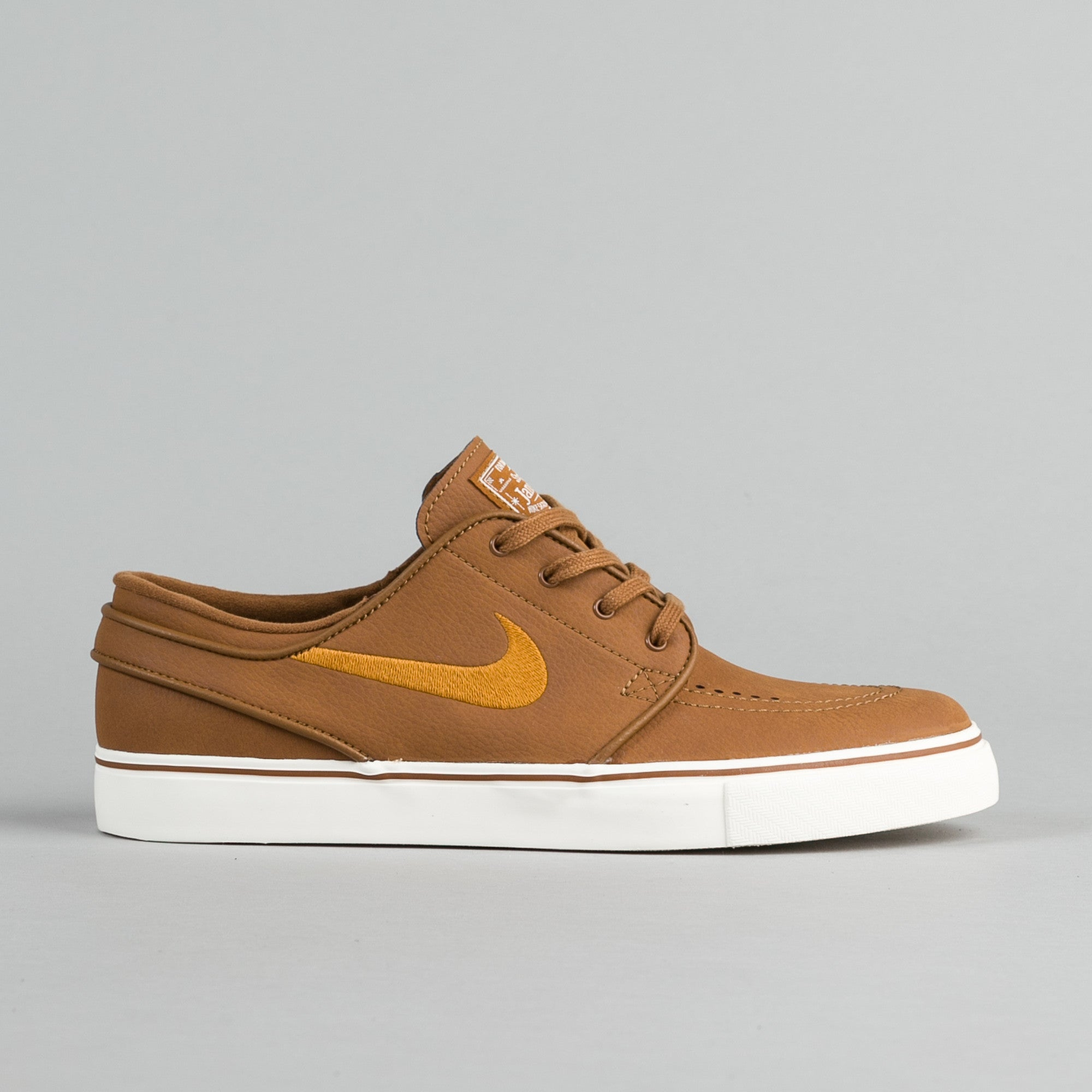 23896913c07d8 nike janoski leather orange Buy Nike Women s Free Running ...