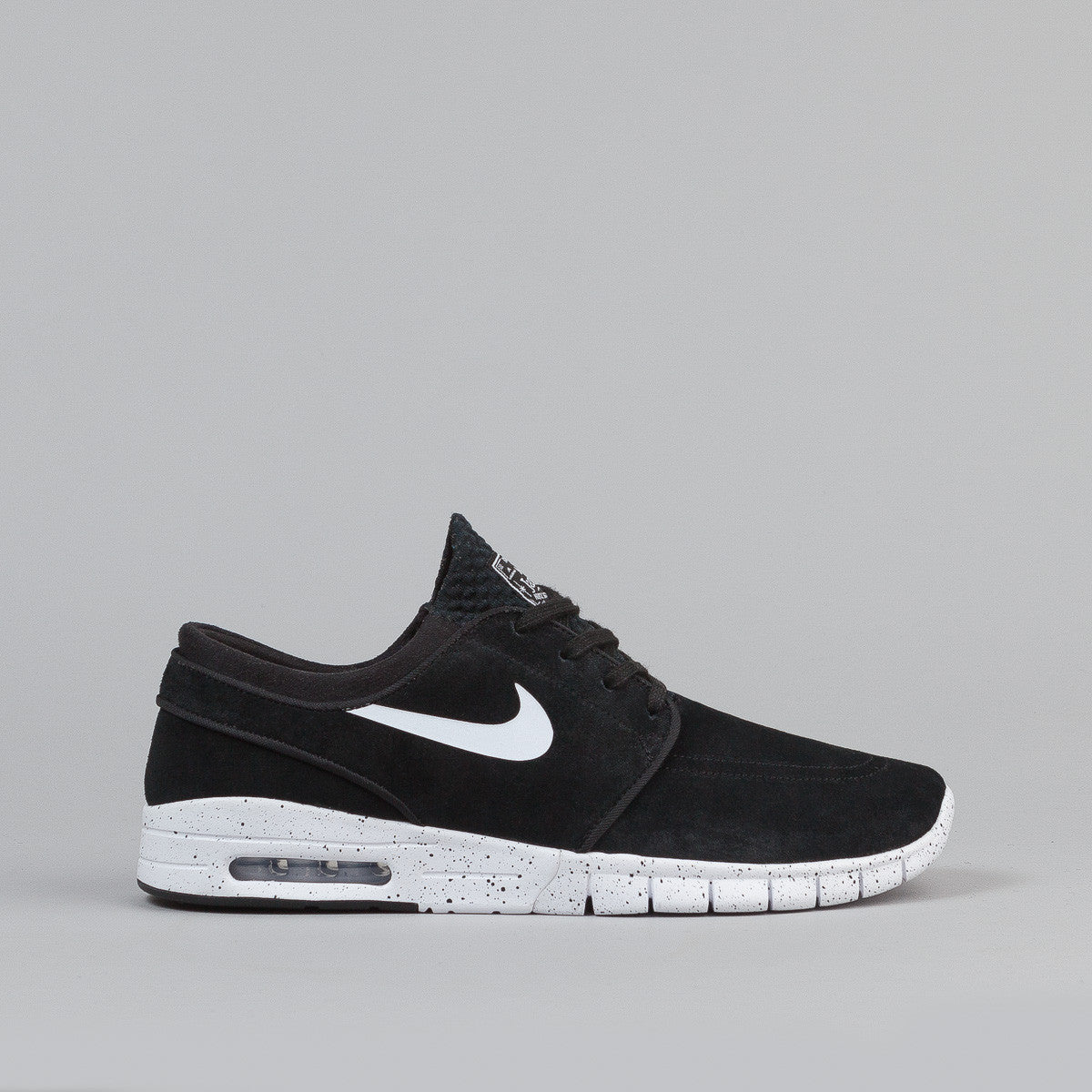 nike sb stefan janoski max l black white flatspot. Black Bedroom Furniture Sets. Home Design Ideas