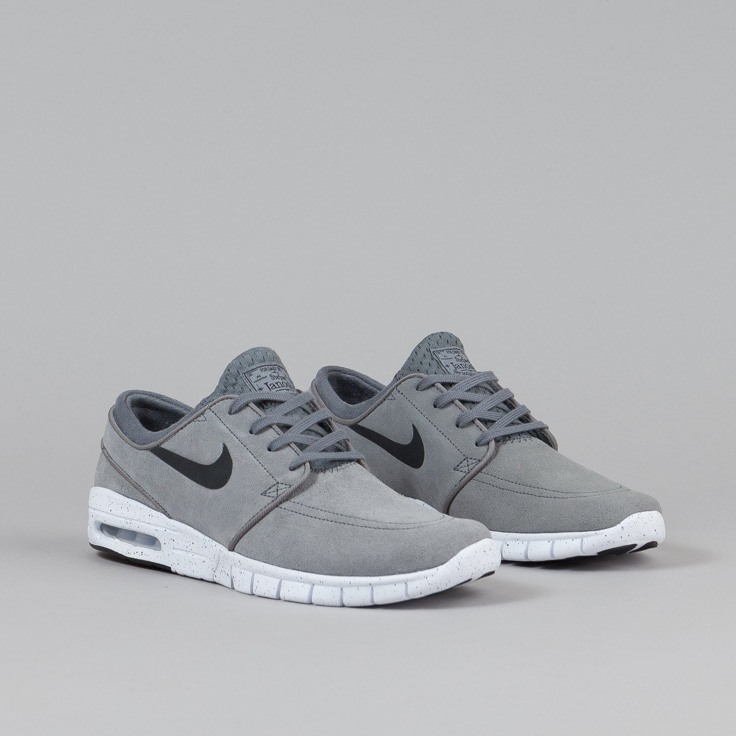 nike sb stefan janoski max l cool grey black white flatspot. Black Bedroom Furniture Sets. Home Design Ideas