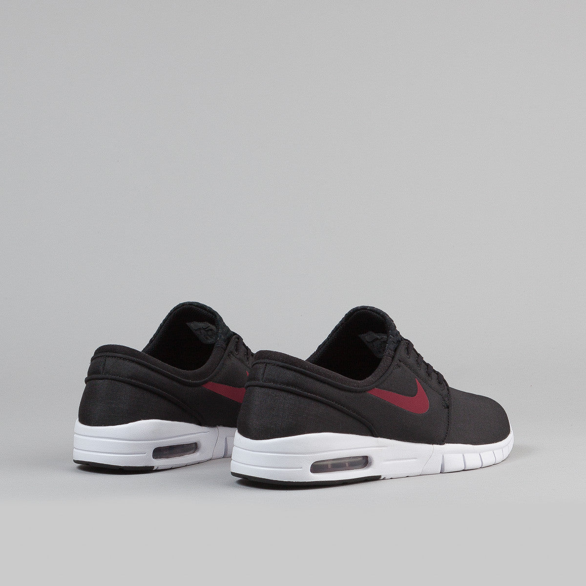 nike sb stefan janoski max shoes black team red white flatspot. Black Bedroom Furniture Sets. Home Design Ideas