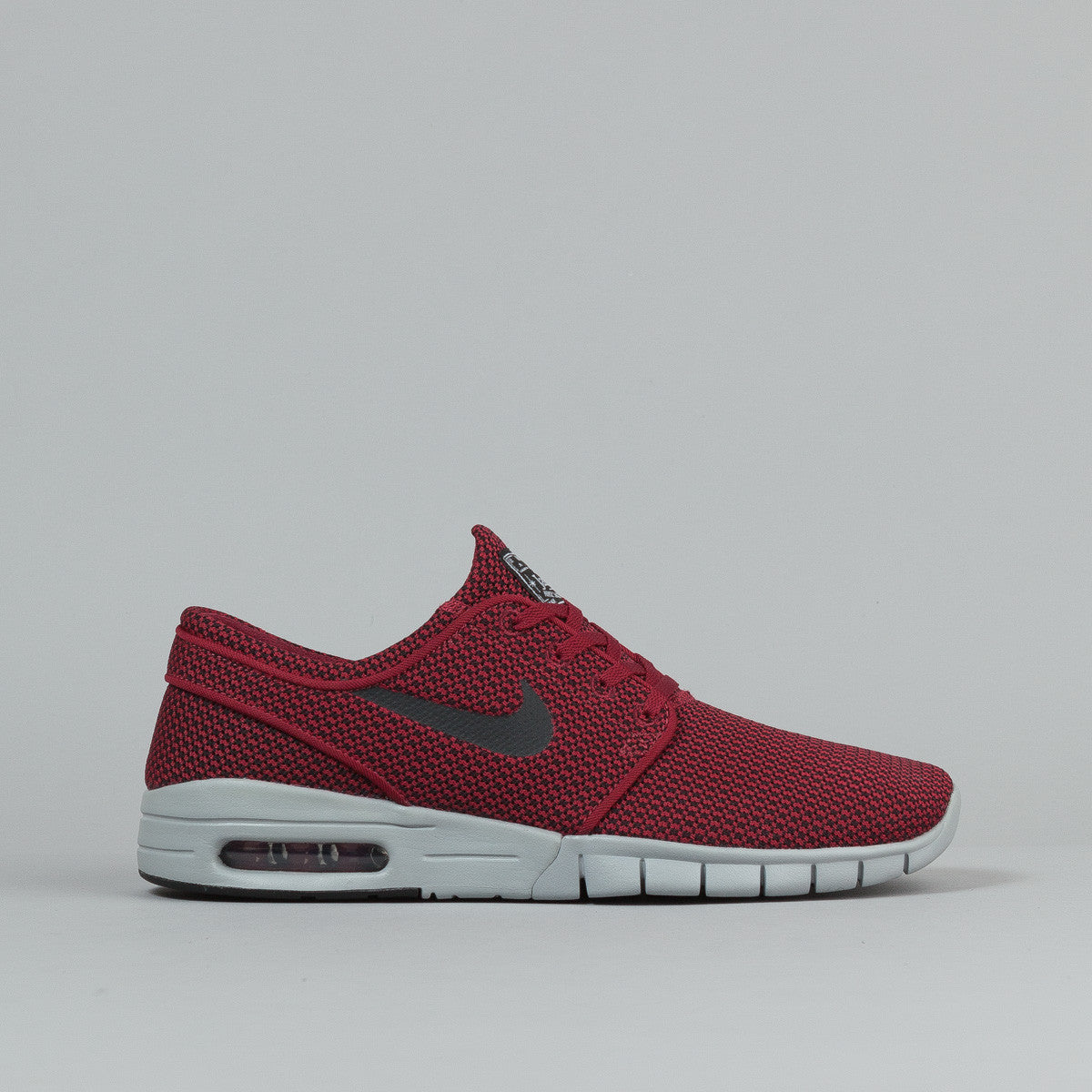 nike sb stefan janoski max shoes team red black wolf grey flatspot. Black Bedroom Furniture Sets. Home Design Ideas