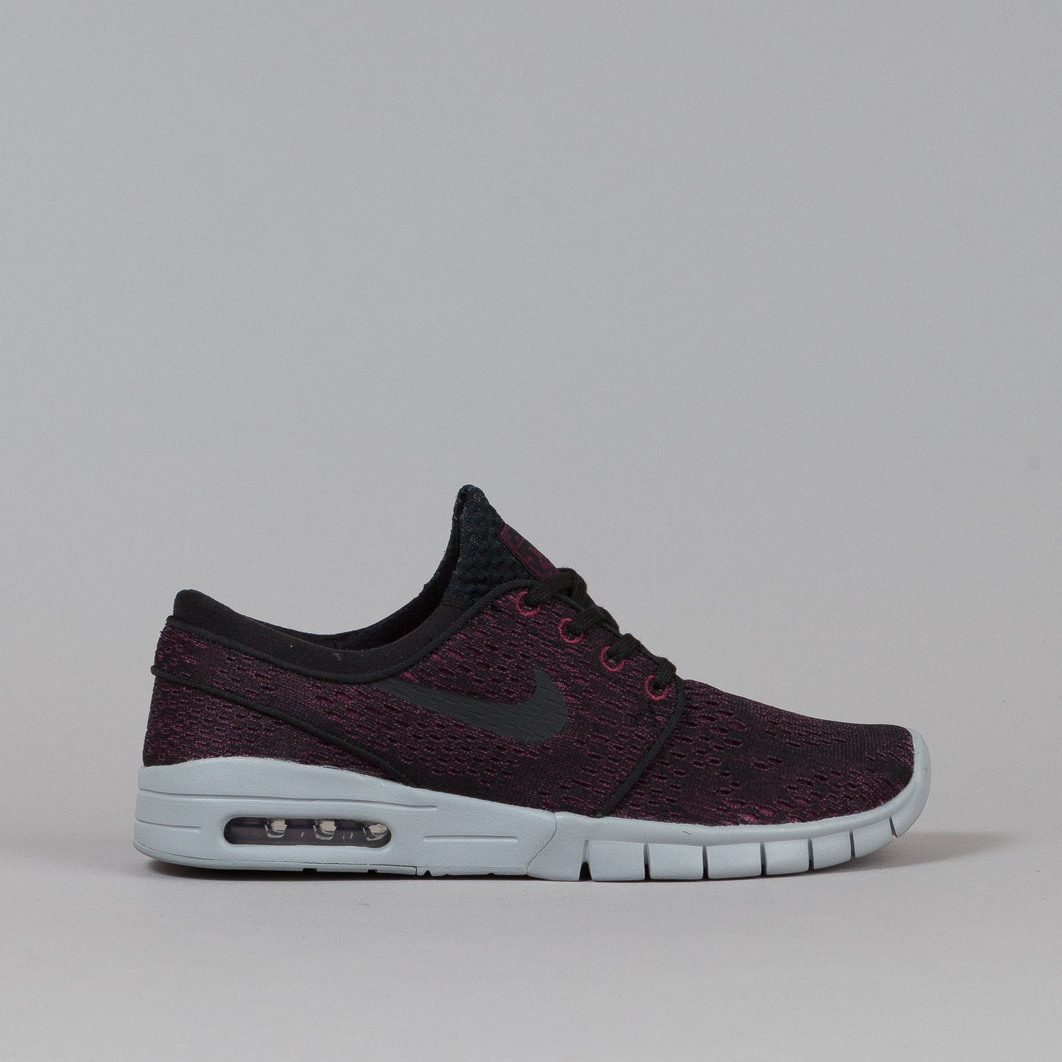 nike sb stefan janoski max shoes villain red black black wolf gr flatspot. Black Bedroom Furniture Sets. Home Design Ideas