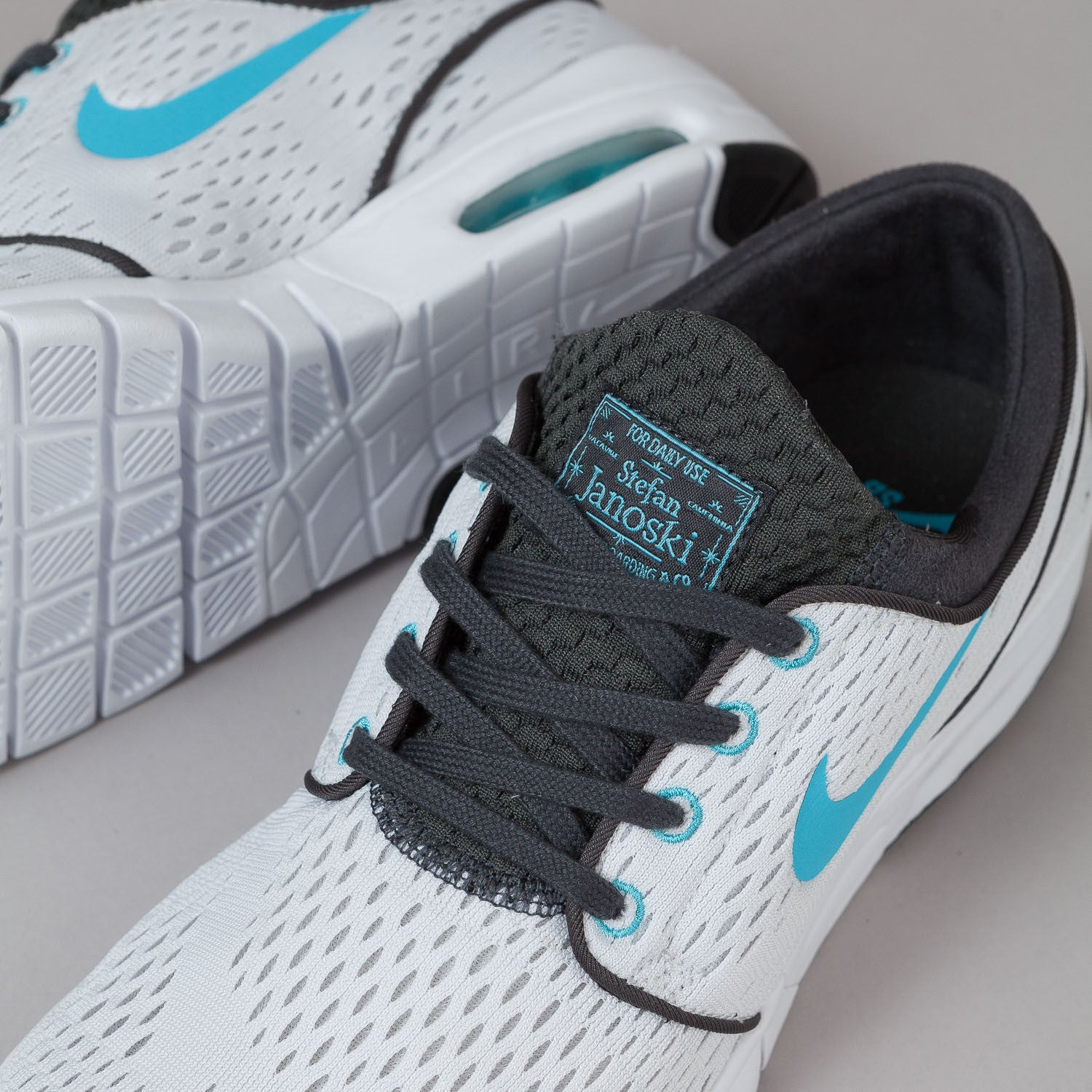 Nike SB Stefan Janoski Max Shoes White / Clearwater - Anthracite - Black