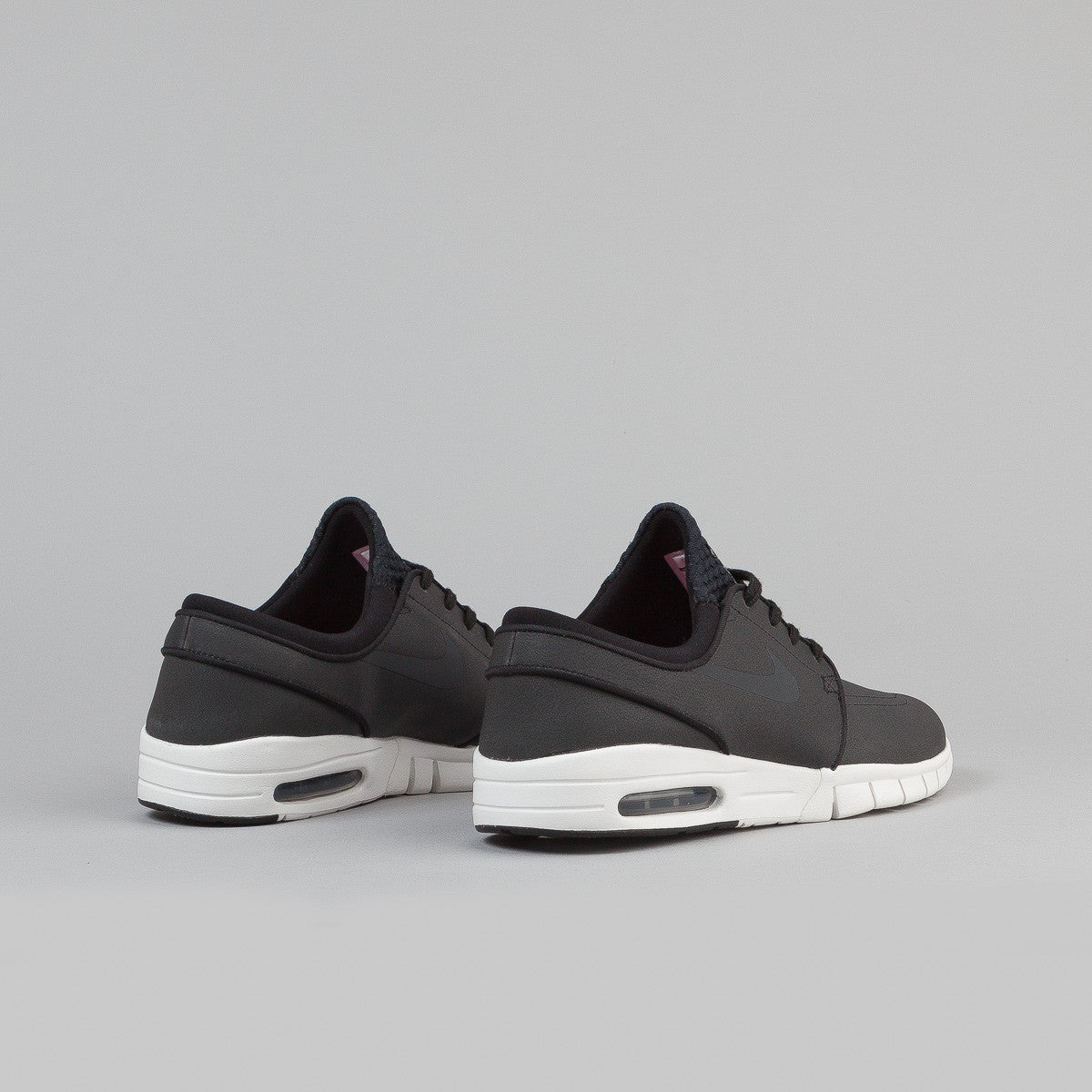 Nike SB Stefan Janoski Max Leather Shoes - Black / Anthracite - Summit White - Hyper Pink