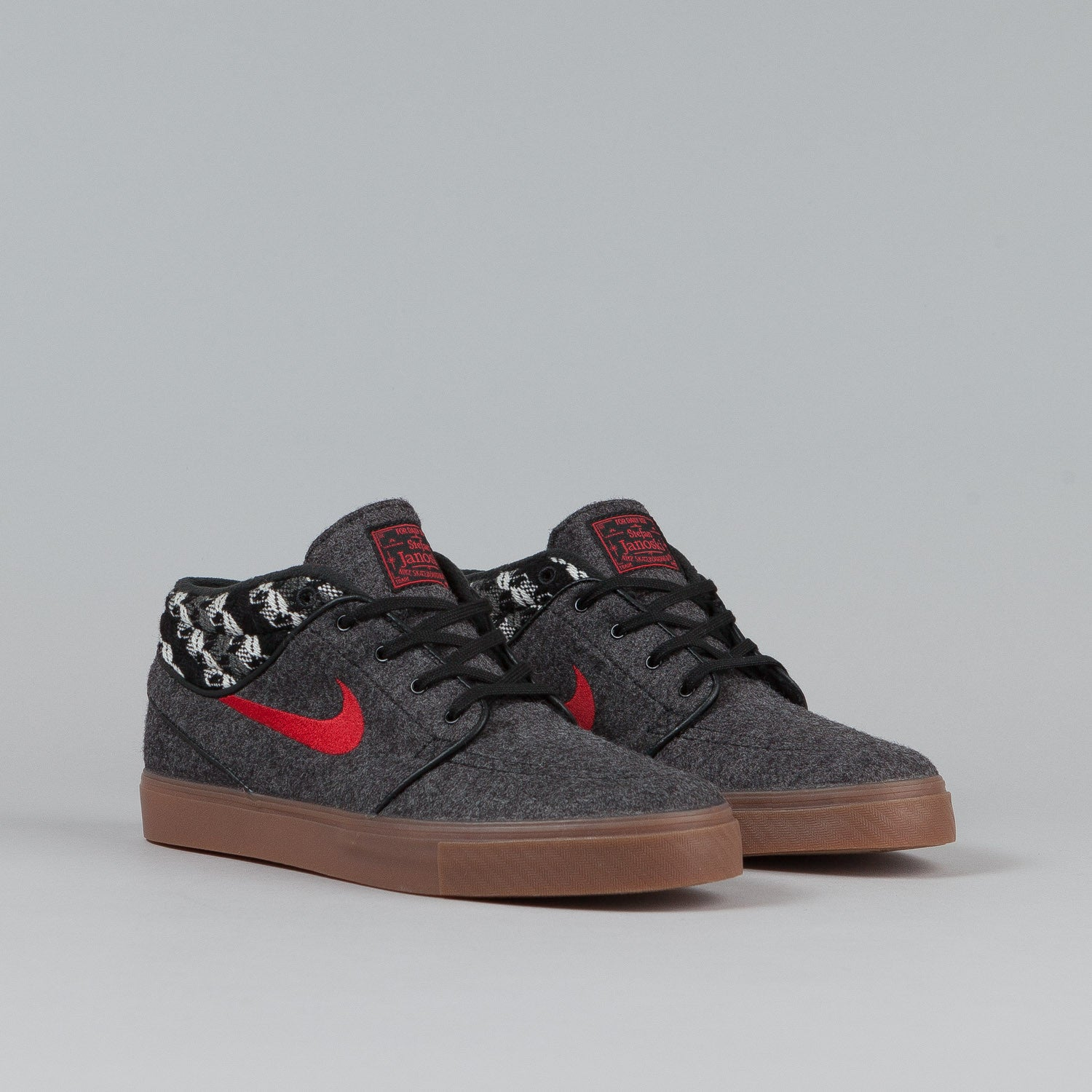 Nike SB Stefan Janoski Mid Shoes Black / Gym Red - Warmth Pack