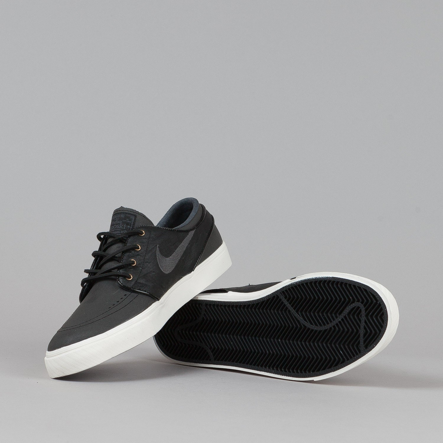 Nike SB Stefan Janoski PREM Shoes Black / Black - Anthracite - Sail