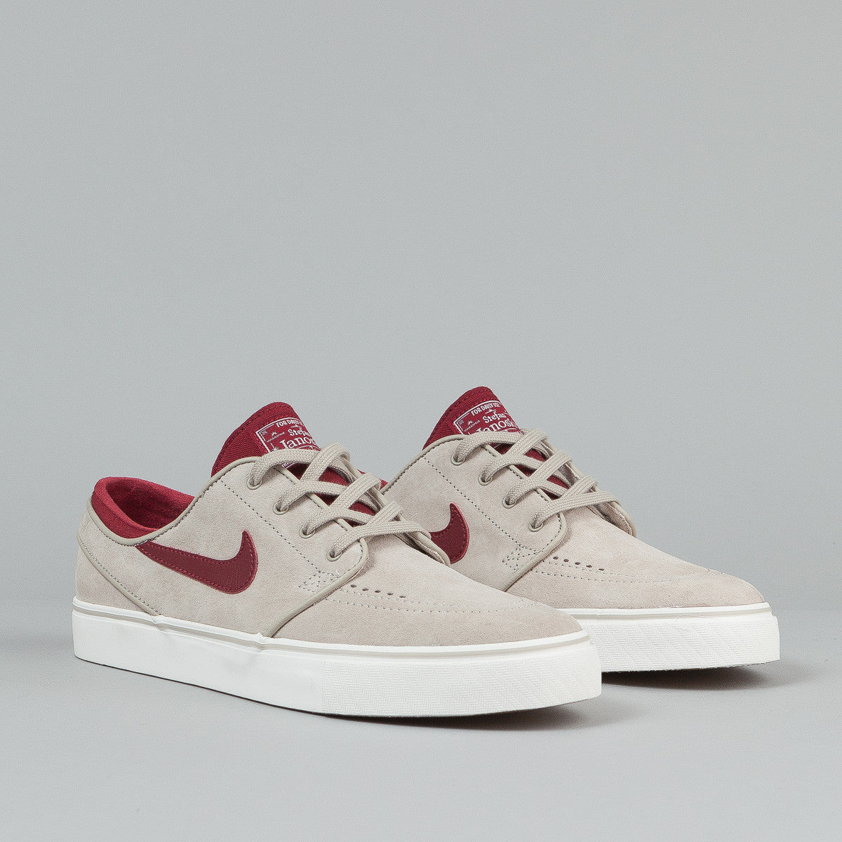 Nike SB Stefan Janoski SE Shoes - String / Team Red / Gum Light Brown / Ivory