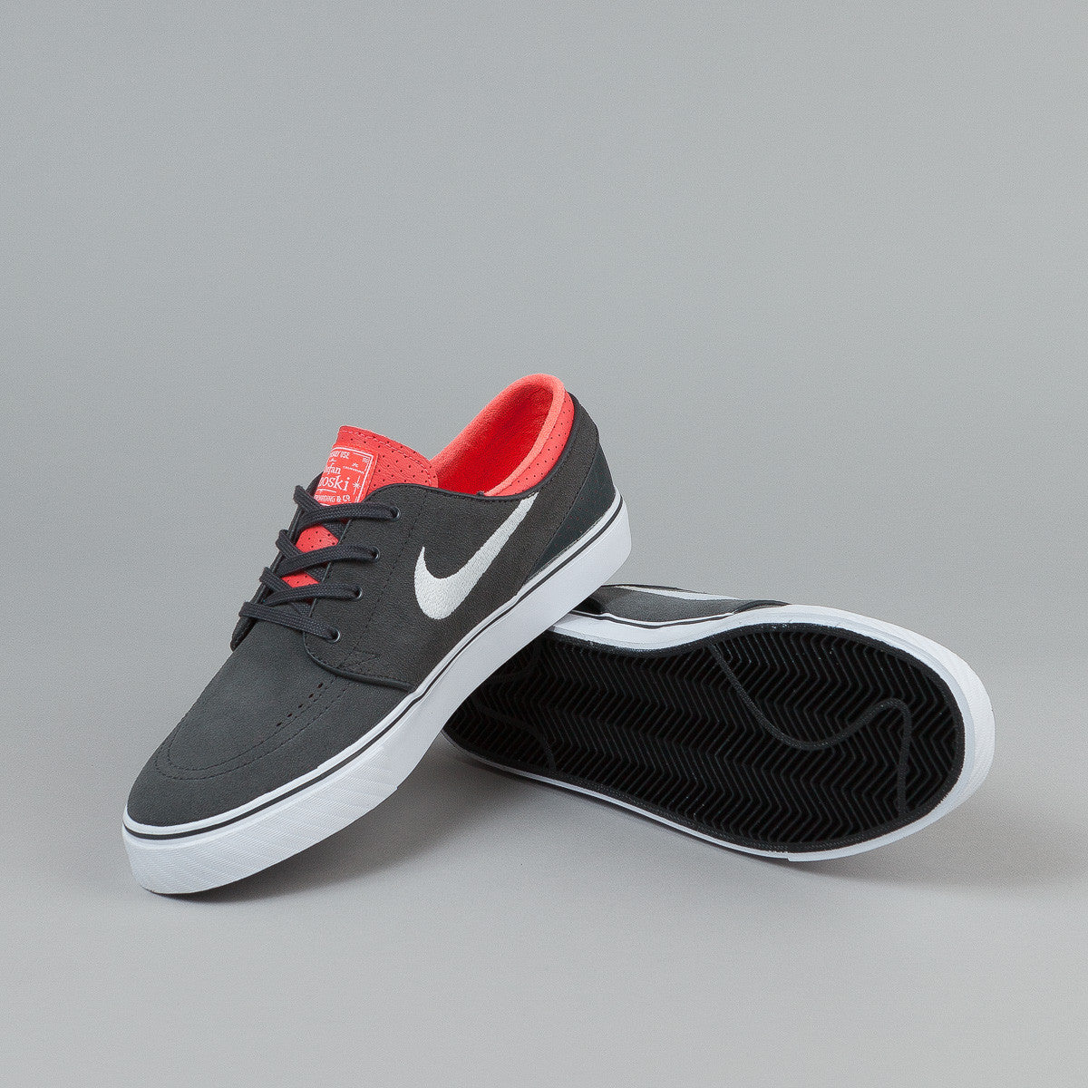 Nike SB Stefan Janoski Shoes - Anthracite / White  - Laser Crimson - Black