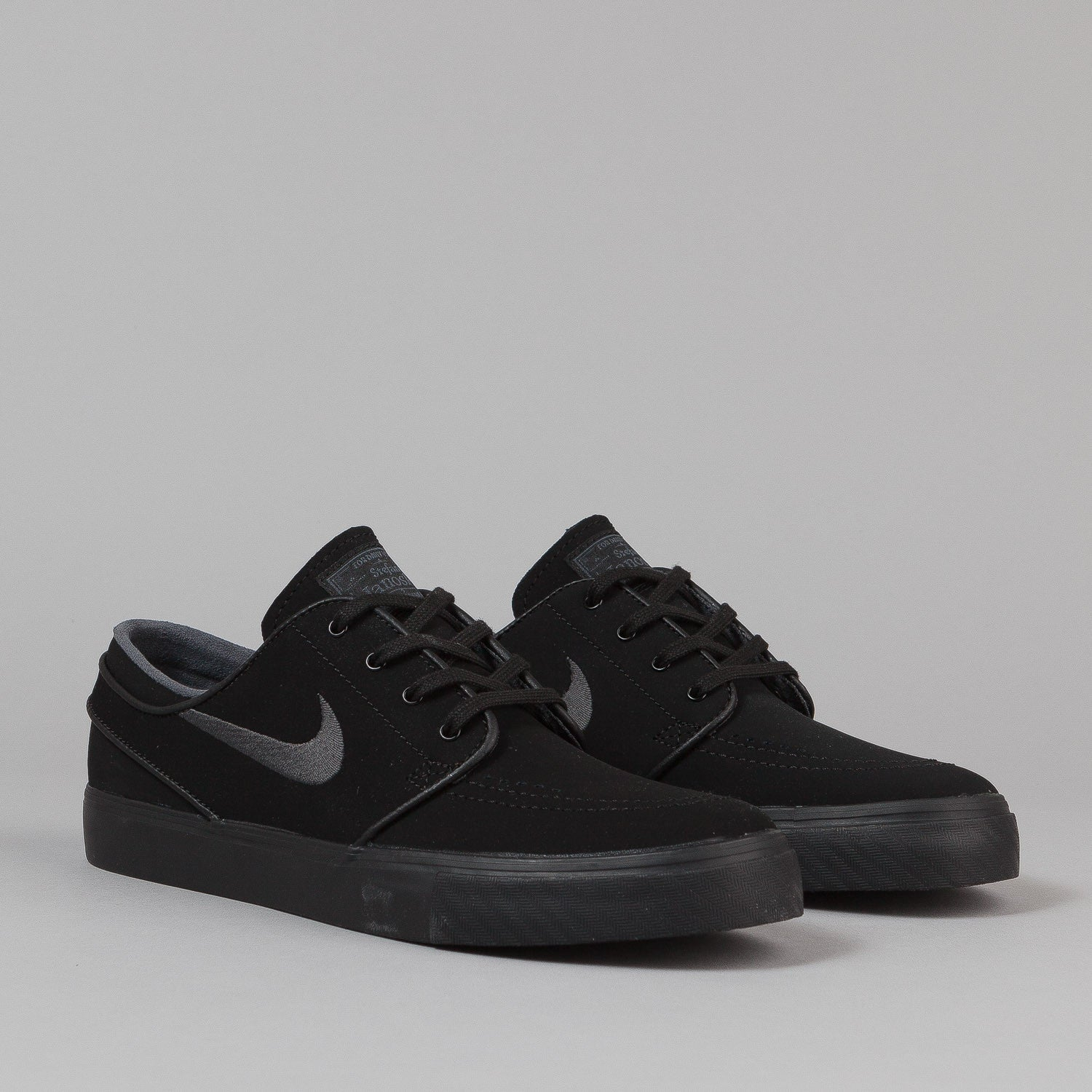 Nike SB Stefan Janoski Shoes - Black / Anthracite
