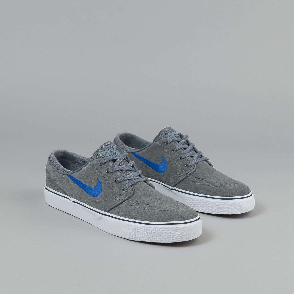 ... Nike SB Stefan Janoski Shoes - Cool Grey / Game Royal - Squadron Blue -  White ...