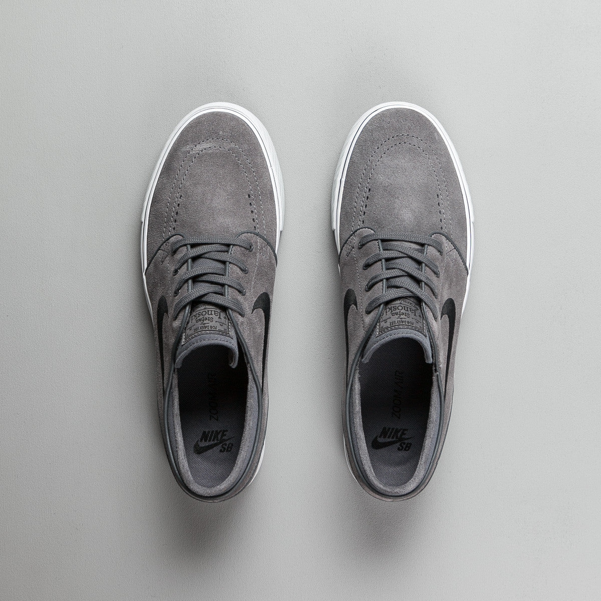 Nike SB Stefan Janoski Shoes - Dark Grey / Black - Pure Platinum - Black