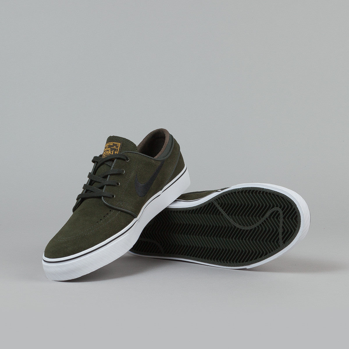 Nike SB Stefan Janoski Shoes - Sequoia / University Gold - White - Black