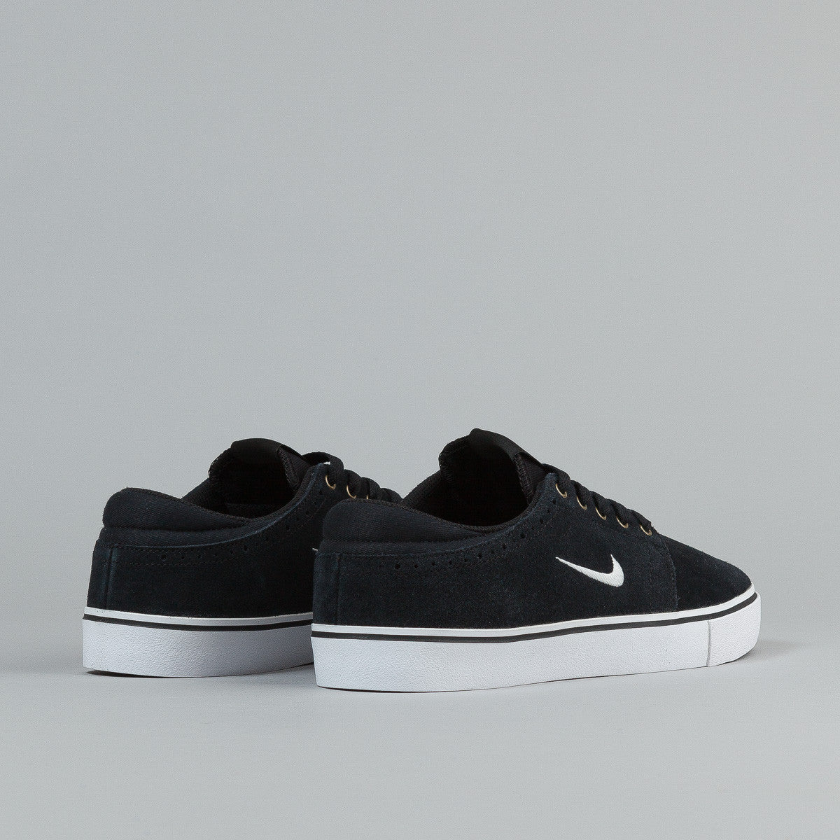 Nike SB Team Edition 2 Black / Swan - Gum Dark Brown