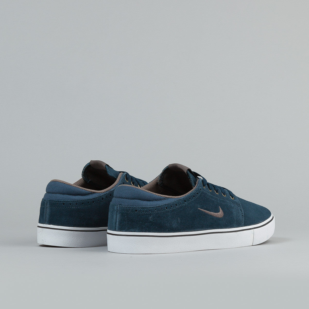 Nike SB Team Edition 2 Shoes - Deep Ocean / Clay - Gum Dark Brown