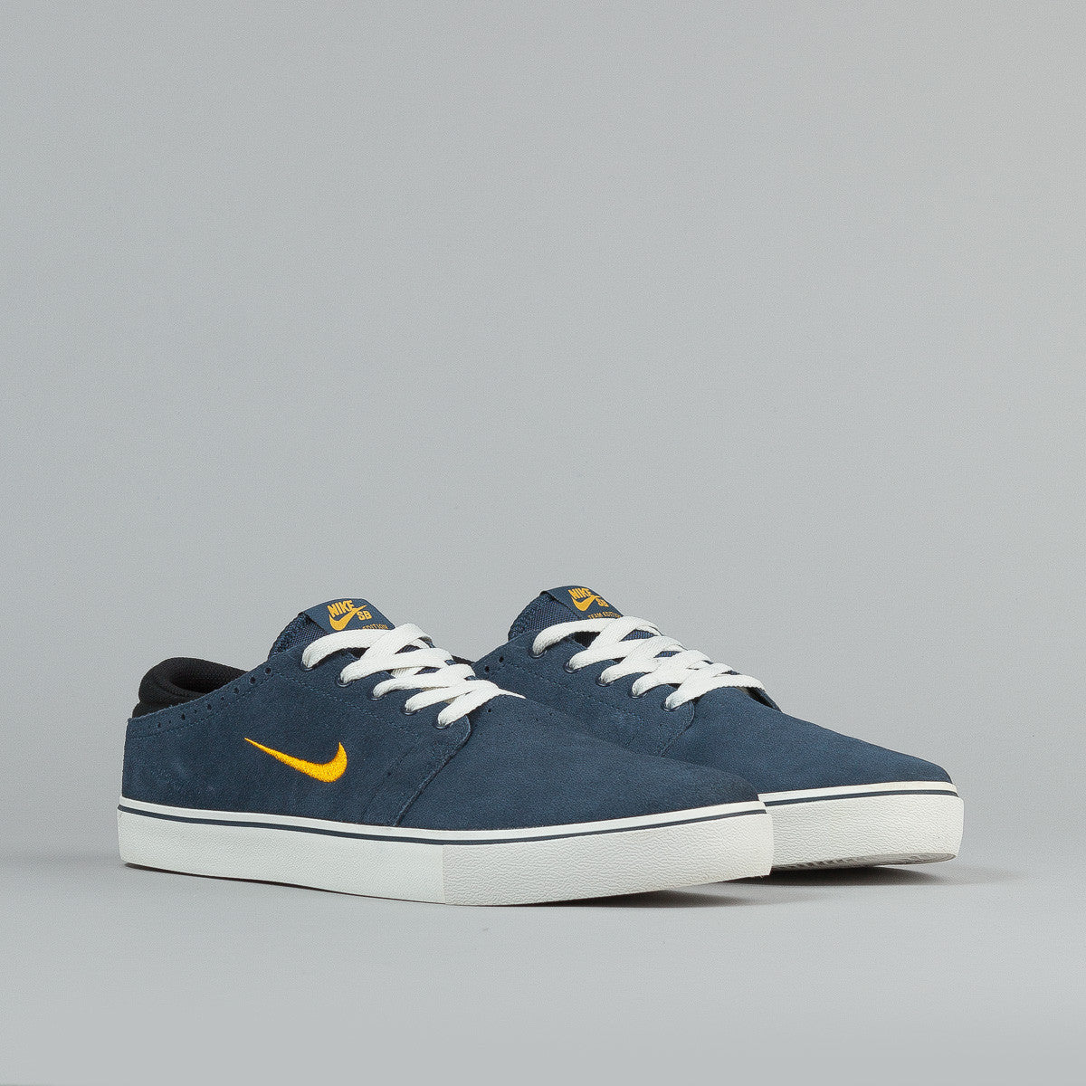 Nike SB Team Edition 2 Shoes - Squadron Blue / Midas Gold - Sail