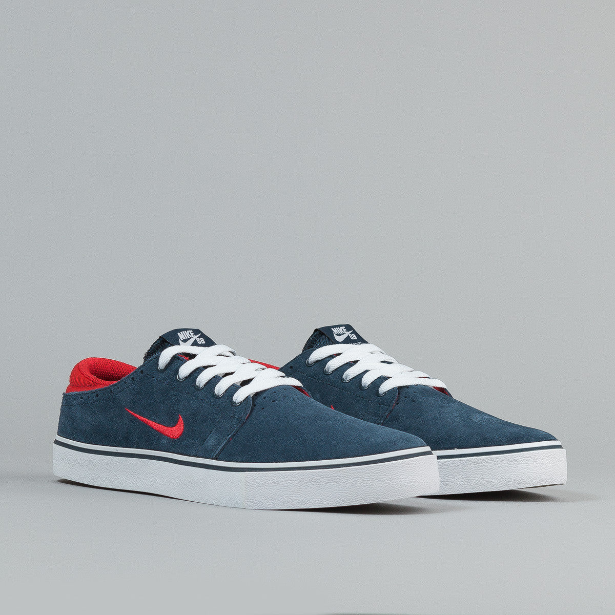Nike SB Team Edition Armory Navy / University Red - White - Gum