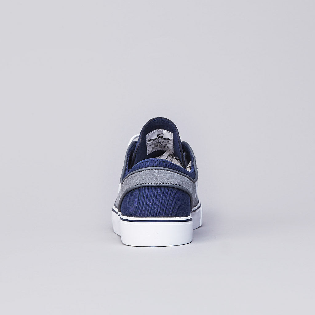 Nike SB Stefan Janoski Midnight Navy / White - Cool Grey - UK 3.5