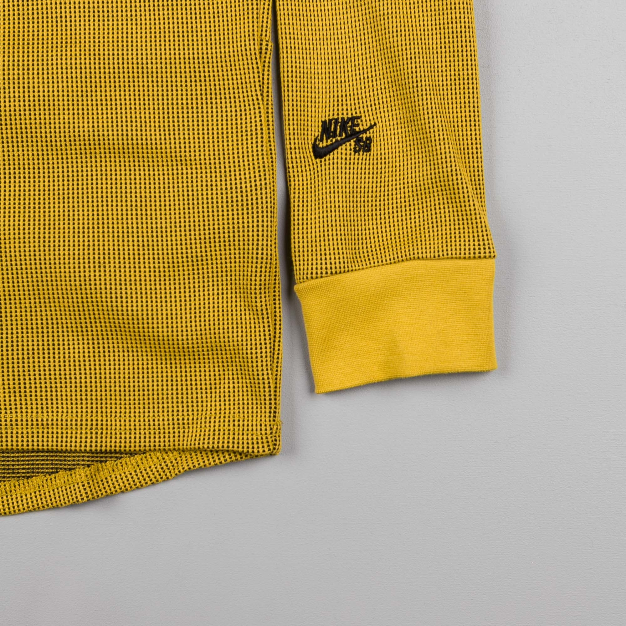Nike SB Thermal Long Sleeve T-Shirt - Peat Moss / Black
