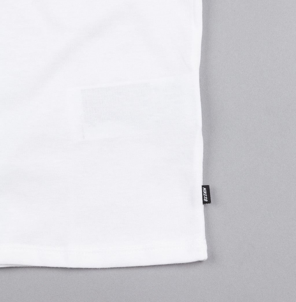 Nike SB Tonal T-Shirt - White / White / Light Silver
