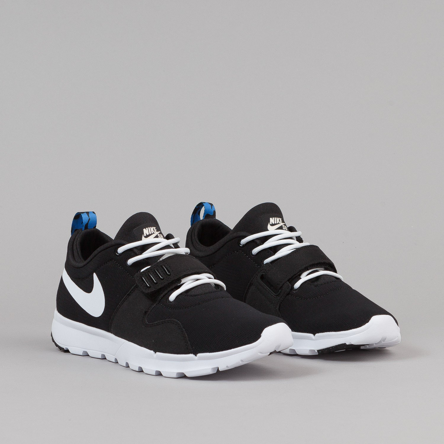 Nike SB Trainerendor SE Shoes - Black / White / Distinct Blue | Flatspot