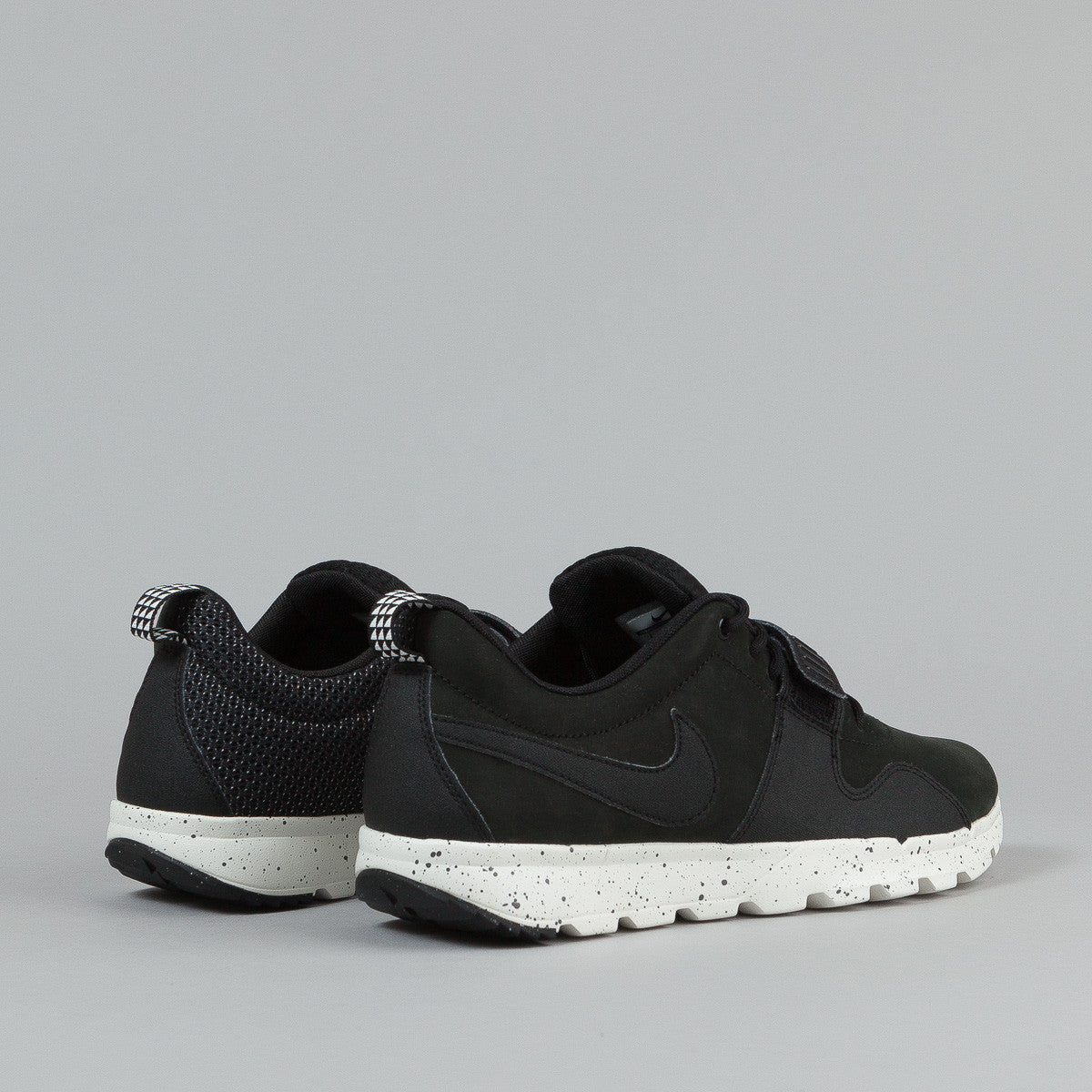 Nike SB Trainerendor Shoes - Black / Black - Black